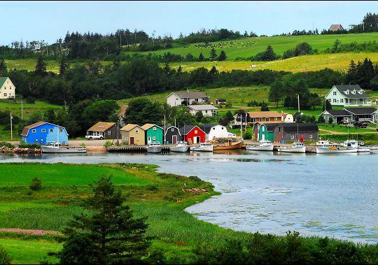 جزیره پرنس ادوارد جزو کشور کانادا می باشد گزینه خوبی برای اخذ تابعیت دوم می باشد.